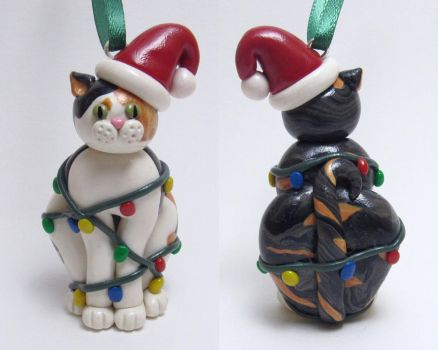 Custom Cat Christmas Ornament by noellewis