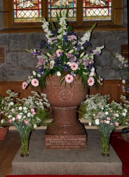 Church Flowers 2 by pjropes